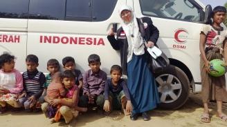 Bersama anak2 Rohingya di ambulans sumbangan BSMI